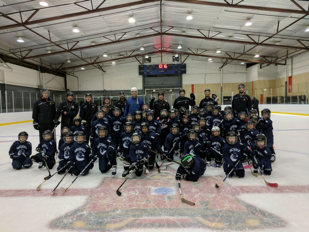 Learn to Play Program with Canucks Alumni a Big Success!